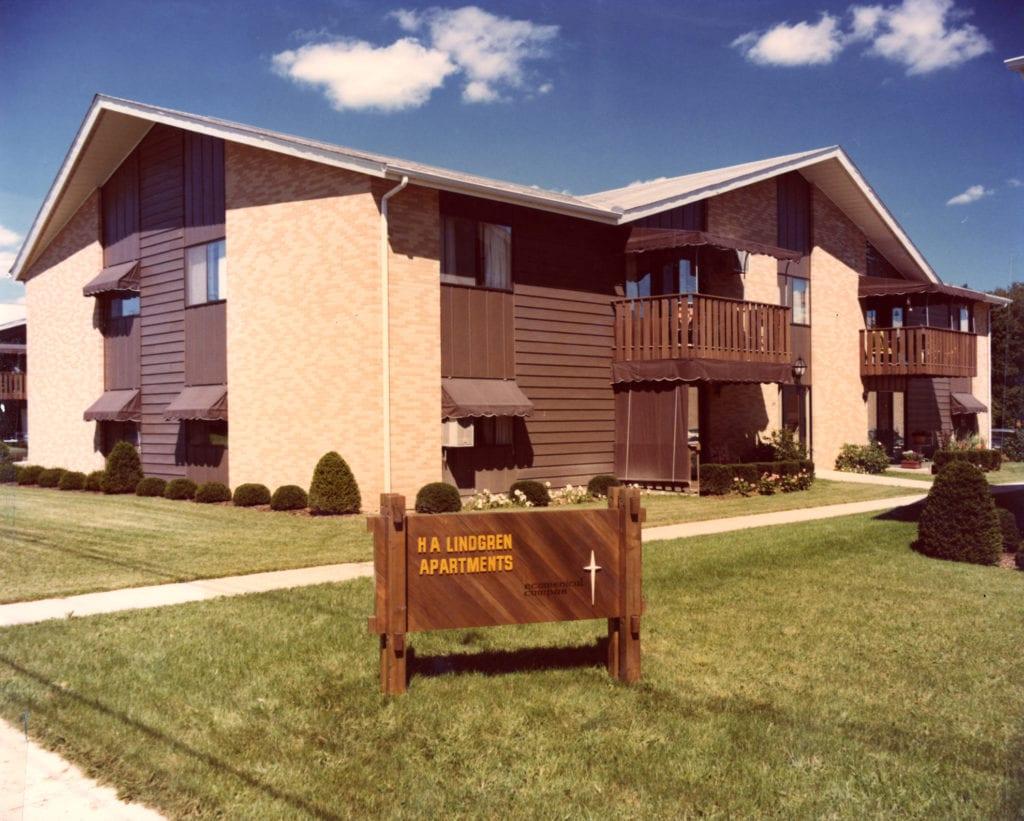 1973 – Independent Housing Begins